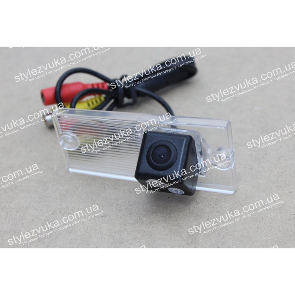 Штатная камера заднего вида My Way MW-6055 для автомобиля Kia Cerato 2003-2008