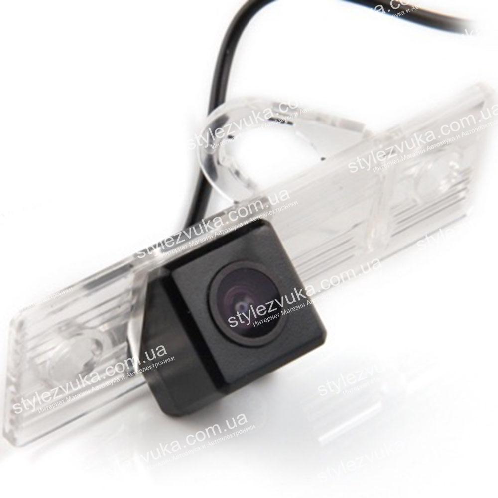 Штатная камера заднего вида My Way MW-6076 для Mitsubishi Pajero IV 2006+