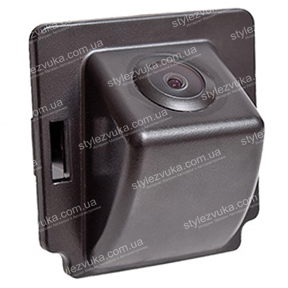 Штатная камера заднего вида PHANTOM CA-MOU (OUTLANDER)