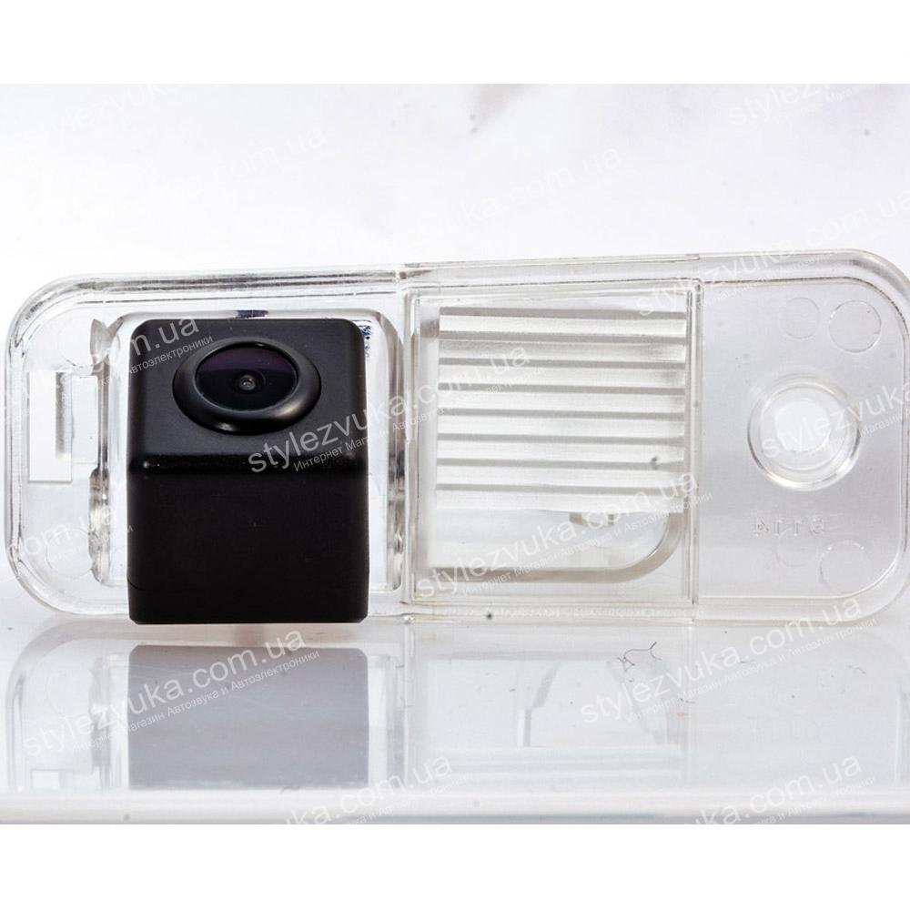 Штатная камера заднего вида Fighter CS-CCD+FM-03