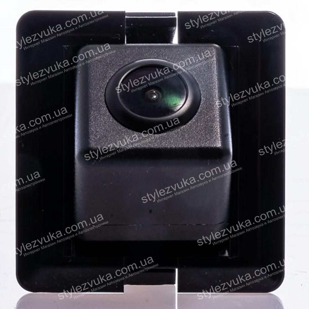 Штатная камера заднего вида Fighter CS-CCD+FM-35 (Toyota)