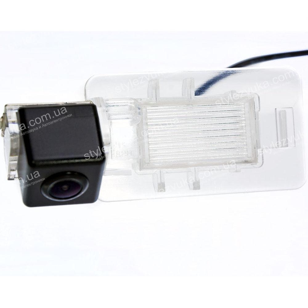 Штатная камера заднего вида Fighter CS-CCD+FM-67 (Great Wall)