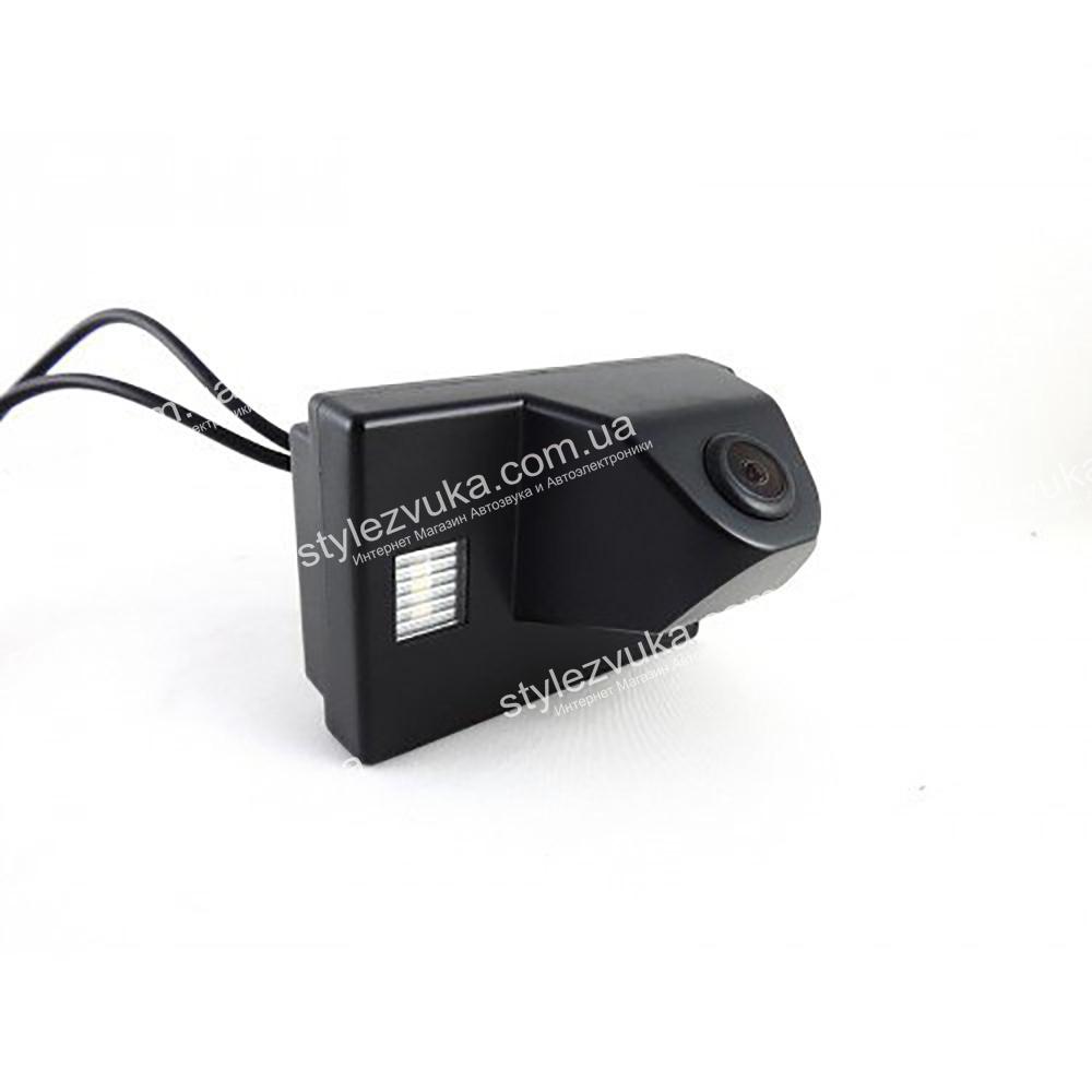 Штатная камера заднего вида в плафон CCD Falcon SC17CCD-170-R