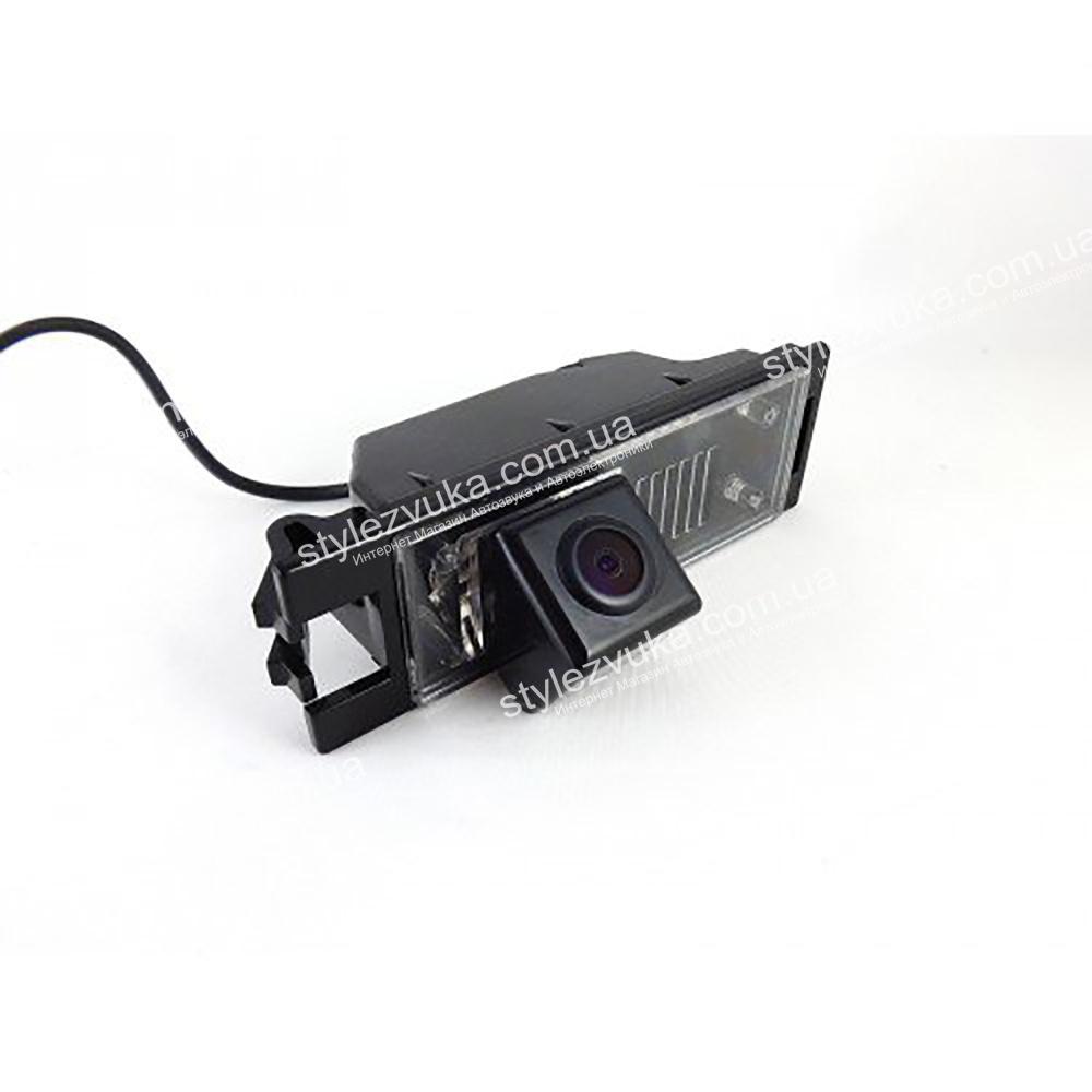 Штатная камера заднего вида в плафон CCD Falcon SC34HCCD-170-R  3