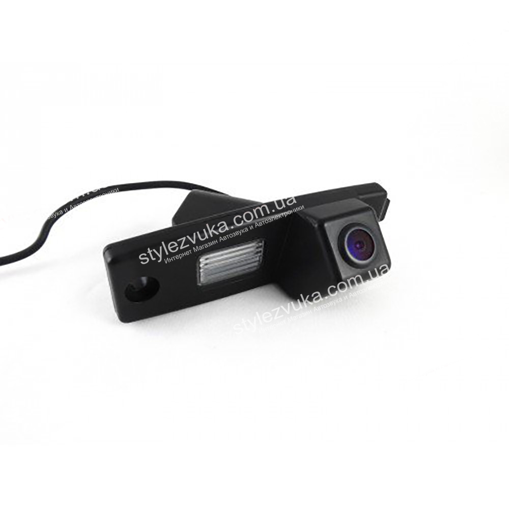 Штатная камера заднего вида в плафон CCD Falcon SC31HCCD-170-R  3