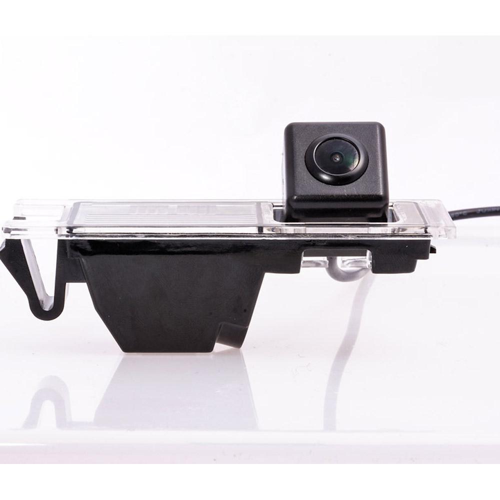 Штатная камера заднего вида Fighter CS-CCD+FM-02 3