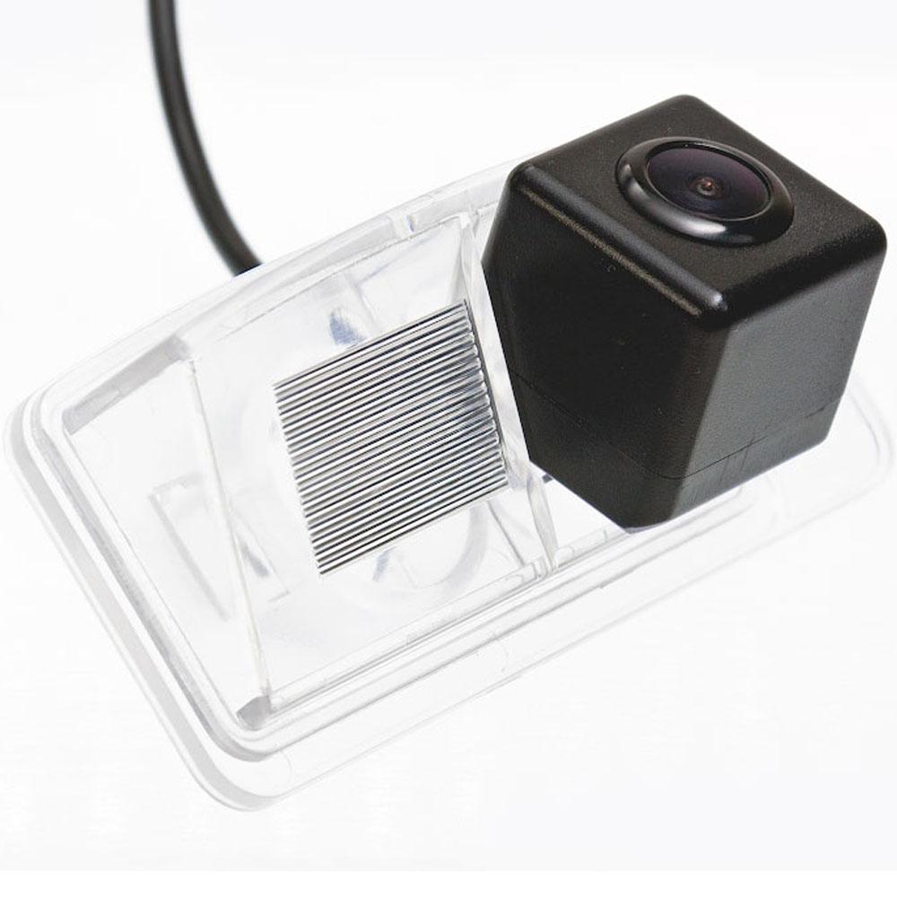 Штатная камера заднего вида Fighter CS-CCD+FM-56 (Nissan) 2