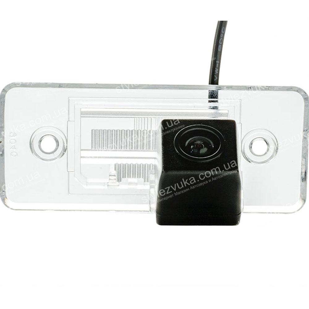 Штатная камера заднего вида PHANTOM CA-35+FM-16 (VW/Skoda/Seat) 3